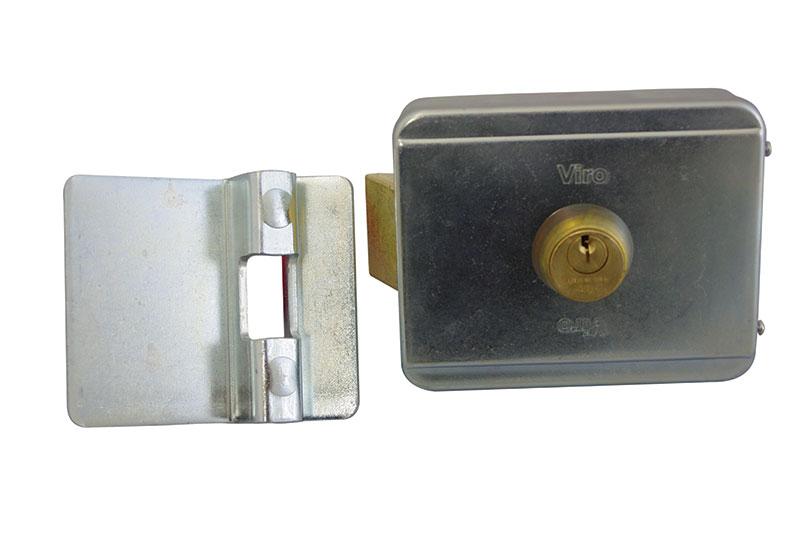 V90-7924